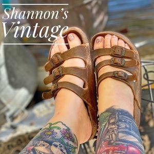 Birkenstock sz 6.5 sandals.